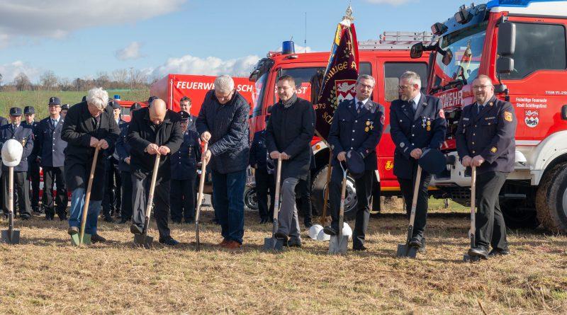 Spatenstich für den Neubau des Feuerwehrgerätehauses der FFW Schillingsfürst